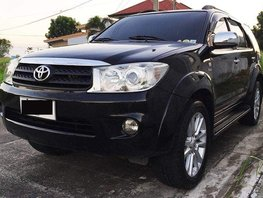 Selling Toyota Fortuner 2011 at 80000 km in Angeles