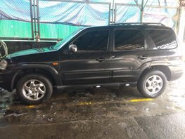Selling Mazda Tribute 2006 at 116416 km in Quezon City