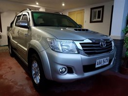 Sell 2nd Hand 2014 Toyota Hilux Manual Diesel at 60000 km in Makati