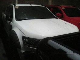 Selling White Ford Ranger 2016 Manual Diesel in Makati
