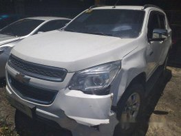 White Chevrolet Trailblazer 2016 at 54000 km for sale in Makati