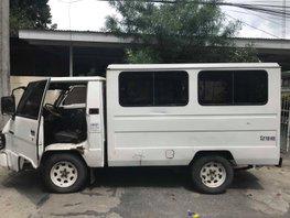 Selling Used Mitsubishi L300 1994 Van in Angeles