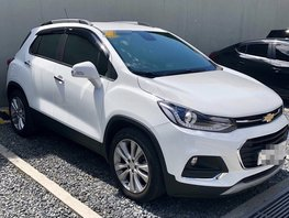 White Chevrolet Trax LT 2018 at 12000 km for sale