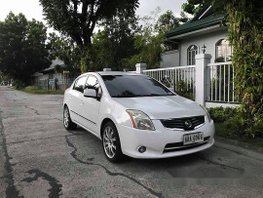 White Nissan Sentra 2013 Automatic Gasoline for sale