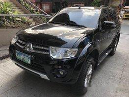 Selling Black Mitsubishi Montero Sport 2014 at 68000 km