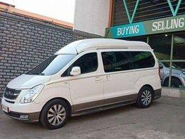 Sell White 2014 Hyundai Grand Starex at 32000 km in Pasig