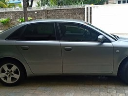 Selling Used Audi A4 2006 at 65000 km