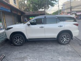 Pearlwhite Toyota Fortuner 2017 for sale in Las Pinas