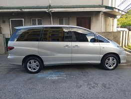 Selling 2nd Hand Toyota Previa 2005 Automatic Gasoline in Makati