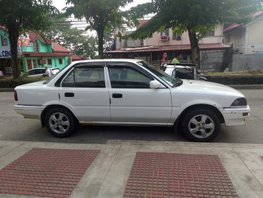 White Toyota Corolla 1991 Sedan Manual at 170786 km for sale