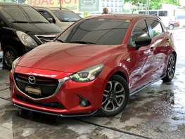 Sell Red 2016 Mazda 2 Hatchback at 37000 km