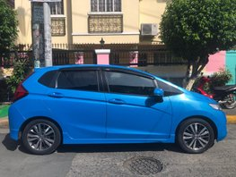 Selling Blue Honda Jazz 2015 Hatchback at 18000 km
