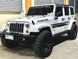 Selling White Jeep Wrangler 2013 Automatic Diesel at 68000 km