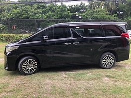 Used Toyota Alphard 2015 at 32000 km for sale in Pasay