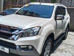 2016 Isuzu Mu-X for sale in Valenzuela