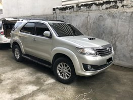 Selling Silver Toyota Fortuner 2013 Automatic Diesel at 90000 km