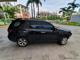 Selling Subaru Forester 2010 at 90600 km
