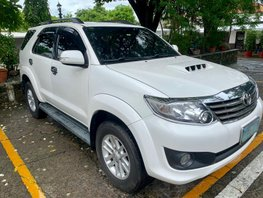 White Toyota Fortuner 2014 Automatic Diesel at 90000 km for sale
