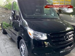 Selling Brand New 2019 Mercedes-Benz Sprinter in Manila