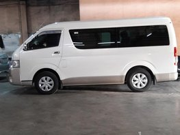 Sell White 2018 Toyota Hiace Manual Diesel at 12000 km