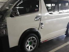 Selling Used Toyota Hiace 2013 at 60000 km in Isabela