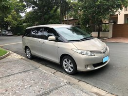 Selling Used Toyota Previa 2009 at 102000 km in Makati