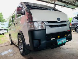 Used 2013 Toyota Hiace Manual at 60000 km for sale