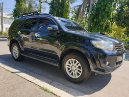 Black Toyota Fortuner 2013 Diesel Automatic for sale