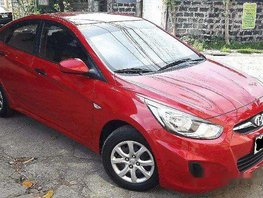 Selling Red Hyundai Accent 2015 at 16900 km