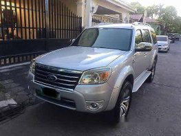 Silver Ford Everest 2010 at 107553 km for sale