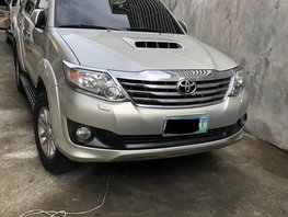 Sell Silver 2013 Toyota Fortuner at 92000 km