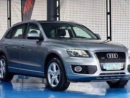 Selling Silver Audi Q5 2009 Automatic Gasoline