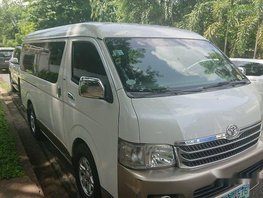 White Toyota Hiace 2010 at 130000 km for sale
