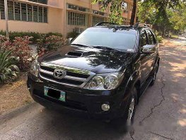 Black Toyota Fortuner 2008 at 100000 km for sale