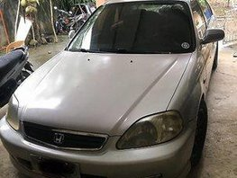 Silver Honda Civic 2000 at 160000 km for sale