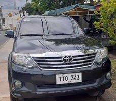 Black Toyota Fortuner 2012 for sale in Santa Cruz