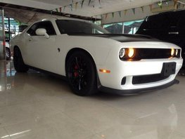 Sell White 2017 Dodge Challenger in Quezon City