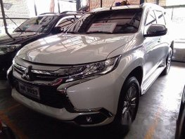 Selling White Mitsubishi Montero Sport 2017 at 17241 km