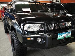 Sell Black 2013 Mitsubishi Montero in Manila