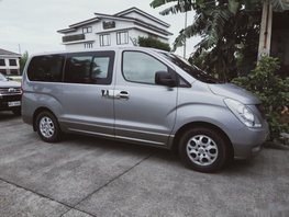 Selling Silver Hyundai Starex 2014 Van at 72000 km