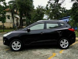 Black Hyundai Tucson 2012 at 50000 km for sale