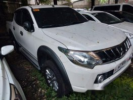 White Mitsubishi Strada 2018 Manual Diesel for sale
