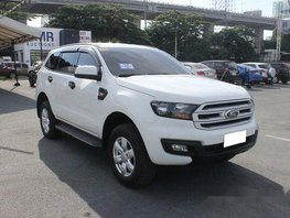 Sell White 2017 Ford Everest Manual Diesel at 28331 km