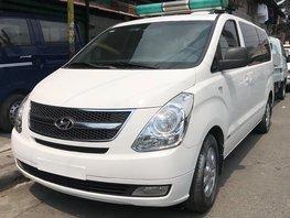 White Hyundai Grand Starex 2019 for sale in Quezon City