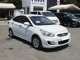White Hyundai Accent 2018 at 3798 km for sale