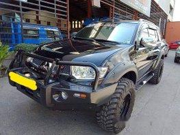 Black Mitsubishi Montero Sport 2013 for sale in Quezon City