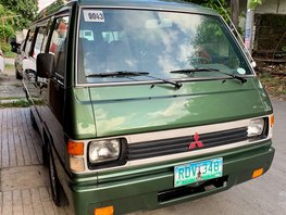 Green 2006 Mitsubishi L300 for sale in Angeles