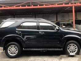 Selling Black Toyota Fortuner 2014 at 42000 km