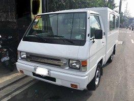 White Mitsubishi L300 2017 Manual Diesel for sale