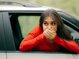 Wonder yourself: Why don't drivers get car sick and how to avoid it?